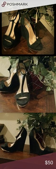 Steve Madden Wedges Size 6.5 Black Steve Madden. Black suede. Size 6.5. Excellent condition. Wedges are 5.5 inches high. Open toe. Steve Madden Shoes Wedges