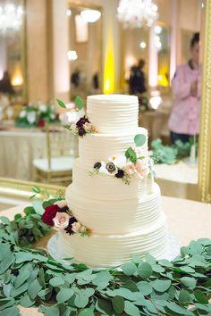 Classic White Wedding Cake - Paige Vaughn Photography