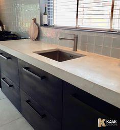 Koak Design makes real oak doors for IKEA kitchen cabinets. Koak + IKEA = your design! Kitchen Linens, Ikea Kitchen, Rustic Kitchen, Kitchen Decor, Interior Design Videos, Interior Design Kitchen, Home Design, Design Design, Design Trends