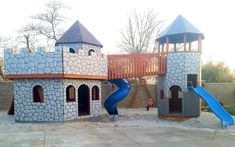 Includes a draw bridge, rock wall, swing set and exit for a slide. No kid can resist the will to play! Castle Playhouse, Playhouse Kits, Build A Playhouse, Play Structures For Kids, Playhouse Interior, Kids Indoor Playhouse, Backyard Playground, Playground Ideas, Hip Roof