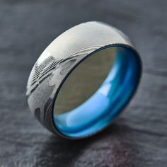 Wood Grain Damascus Steel Ring - Resilient Blue