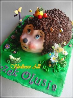 Hedgehog Cake  Flickr Photo Sharing Hedgehog Cake, Food Themes, Food Ideas, Animal Cakes, Birthday Parties, Birthday Cakes, Clay Figures, Love Cake, My Little Girl