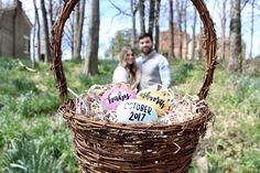 Easter Pregnancy Announcements – Wine & Mommy Time Announcements for Easter over 15 years – wine and mum season Easter Pregnancy Announcement, Pregnancy Announcement Photos, New Baby Announcements, Pregnancy Photos, Pregnancy Info, Announce Pregnancy, Spring Maternity, Third Baby, Pregnant Mom