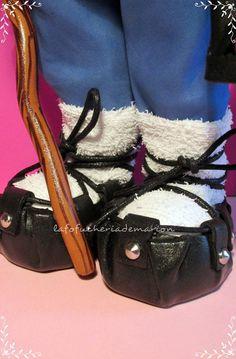 Calzado típico regional zapatosfofuchas calzadoregional tradicional alpargatas zapatosgomaeva olentzero navidad