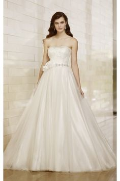 Essense Of Australia Style D1413 - Essense Of Australia - Popular Wedding Designers