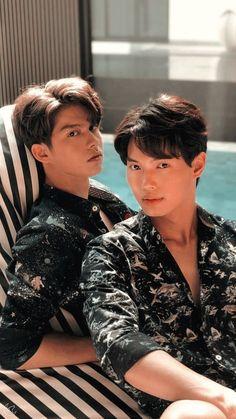 Pretty Boys, Cute Boys, Bright Wallpaper, Boys Wallpaper, Seductive Eyes, Pretty Litte Liars, Bright Pictures, Handsome Prince, Cute Gay Couples