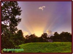 Crepuscular rays in Alabama evening sky 7/10/15.  Photographer credit: @objectivityrach.