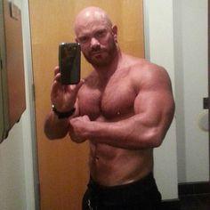 Richard Forbat does a mirror selfie