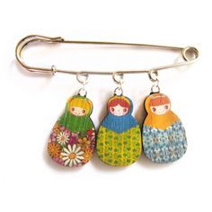 Miniature babushka brooch : for my girl