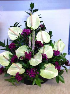 A beautiful arrangement for Ceremony Arrangement Floral Rose, Hotel Flower Arrangements, Flower Arrangement Designs, Flower Centerpieces, Flower Decorations, Altar Flowers, Church Flowers, Funeral Flowers, Simple Flowers
