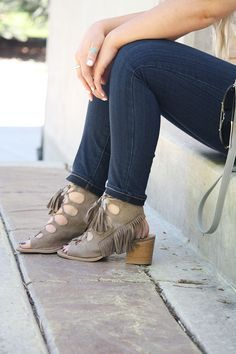All Laced up with Half Tee | Urban Ombré -- A Fashion Blog