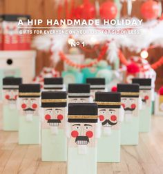 A Hip Handmade Holiday! Loving this new digital book. A 150+ page interactive PDF with 18 projects, 9 instructional videos and over 100 printable gift tags, stickers, labels, stencils, and patterns. Amazing!