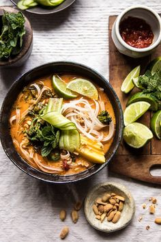 20 Minute Peanut Noodle Soup with Lime Mango - by Half Baked Harvest Soup Recipes, Vegetarian Recipes, Dinner Recipes, Healthy Recipes, Xmas Recipes, Peanut Noodles, Asian Recipes, Ethnic Recipes, Mango Recipes