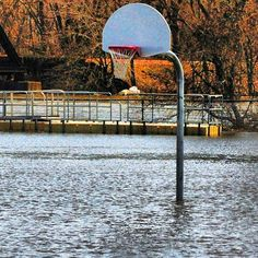 "Keep your head above water ""After the snow metlts"" #warriors #streetball #ball #snowchallenge #snow #snowing #streetbasketball #basketballneverstops #ballin #storm  #hoopmixtape #basketballismylife #snowday #bliizard #ballup #baller #ballislfe #and1 #flood #blizzard2016 #afterthestorm #newyork #newjersey #basketball #flooded #jonas #warriorsoftheconcrete by warriorsoftheconcrete"
