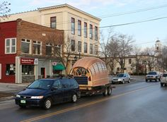Student designed 70 sq. ft. living pod can be towed with regular car (Video) : TreeHugger