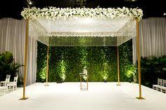 casamento-judaico-raro-carmim-hotel-unique-2 Green Wedding, Summer Wedding, Inspiration Wall, Wedding Inspiration, Naming Ceremony, Church Flowers, Wedding Decorations, Decor Wedding, Cake Toppers
