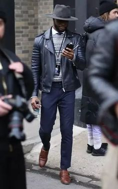 Men's Outfits 2021 | Lookastic Men With Street Style, Men Street, Street Wear, Men's Street Style Photography, New York Fashion Week 2017, Lincoln, Black Leather Biker Jacket, Fashion Gallery, Well Dressed Men