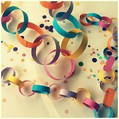 slinger maken lussenslinger Diy For Kids, Crafts For Kids, Diy Home Crafts, Toddler Crafts, School Projects, Fathers Day, Garland, Birthday Parties, Party