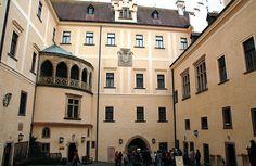 Excursion al castillo de Konopiste. Como llegar al castillo de Konopiste desde Praga - http://diarioviajero.es/republica-checa/castillo-de-konopiste/ #República-Checa