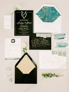 all about weddings Modern Wedding Stationery, Minimalist Wedding Invitations, Luxury Wedding Invitations, Wedding Signage, Wedding Stationary, Modern Invitations, Wedding Invitation Paper, Wedding Paper, Invitation Suite