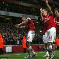 Manchester United have to face five tough games in the first five weeks of the English Premier League 2013-2013 - 2014, Arsenal Schedule in five Premier League.