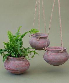 Idea Of Making Plant Pots At Home // Flower Pots From Cement Marbles // Home Decoration Ideas – Top Soop Pots D'argile, Clay Pots, Diy Hanging, Hanging Plants, Hanging Flower Pots, Big Garden, Garden Pots, Pot Jardin, Decoration Plante