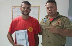 """Motoboy que salvou gatinho em Canoas ganha curso de bombeiro civil: """"É um sonho"""" Luan Souza / Arquivo Pessoal/Arquivo Pessoal"""