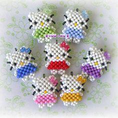 Hello Kitty ctyrkoralek
