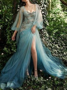 Evermore Fashion — Marchesa Spring 2020 Ready-to-Wear Collection Beautiful Gowns, Beautiful Outfits, Elegant Dresses, Pretty Dresses, Ball Dresses, Ball Gowns, Fairytale Dress, Fairy Dress, Fairytale Fashion