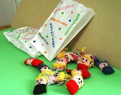 bonecas de pano em saquinho de pipoca vitrine.elo7.com.br/1e628b