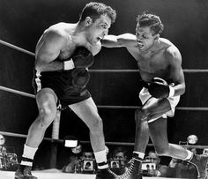 155ecea92fb September Sugar Ray Robinson wins back belt. On September former  middleweight champion Sugar Ray Robinson defeats Randy Turpin to win back  the belt in front ...