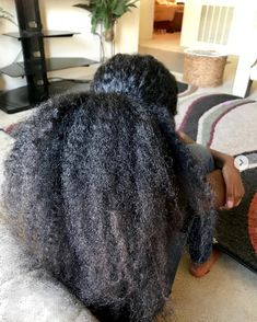 It's true, you're not crazy, your hair texture can and does change throughout your life for a variety of reasons. If you want to know why this happens, well there are lots of reasons that your hair texture changes. Thick Natural Hair, Natural Hair Tips, Natural Hair Growth, Natural Hair Journey, Natural Hair Styles, Relaxed Hair, Angled Hair, Queen Hair, Natural Hair Inspiration
