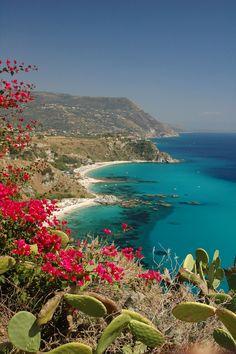 Spiaggia Grotticelle - Capo Vaticano - Calabria - Italy - www.prontoestate.it