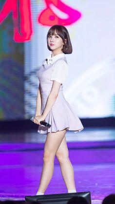 Eunha South Korean Girls, Korean Girl Groups, Get Skinny Legs, Stage Outfits, Korean Actresses, Beautiful Asian Girls, Ulzzang Girl, Indian Beauty, Kpop Girls