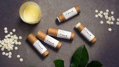 Cerat i papphylsor DIY - ekologiskt och miljövänligt! Lotion Bars, Lip Balm, Organic, Crafts, Diy, Eco Friendly, Board, God, Manualidades