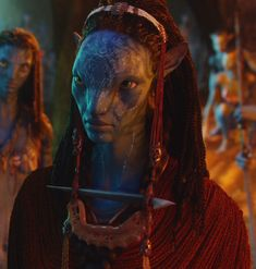 Tiara collar de Mo'at. Carol Christine Hilaria Pounder en Avatar.