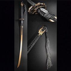 Ninja Weapons, Anime Weapons, Sci Fi Weapons, Weapon Concept Art, Weapons Guns, Katana Swords, Samurai Swords, Fantasy Sword, Fantasy Weapons