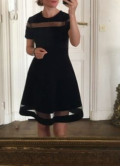 Robe Sandro Short Sleeve Dresses, Dresses With Sleeves, Sandro, Black, Style, Fashion, Purse, Black Gowns, Little Black Dresses