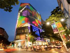 Orchard Central is the first new mall on Orchard Road in over 10 years. Walk: 8 minutes from RP