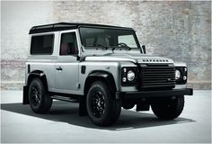 Land Rover Defender - The Black & Silver Edition http://www.sprhuman.com/2014/02/land-rover-defender-black-silver-editions/