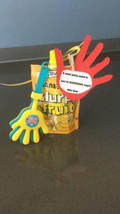 Afscheid kinderdagverblijf: knijpfruit, klapperhandje en mini wasknijper van de action