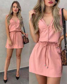 *Moda urbana* в 2019 г. Simple Dresses, Cute Dresses, Casual Dresses, Casual Outfits, Cute Outfits, Work Outfits, Women's Fashion Dresses, Dress Outfits, Girl Fashion