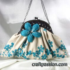 """Vintage Bags Blue Flower Frame Clutch Bag - I can't express how beautiful I think this is. - Here it is, I am so proud to present my latest Art of The Handmade Bag work, """"The Dazzle""""– Vintage Frame Clutch Bag, a bag that I truly put my heart and soul Handmade Clutch, Handmade Purses, Handmade Handbags, Vintage Clutch, Vintage Purses, Vintage Bags, Vintage Stuff, Diy Sac, Purse Styles"""