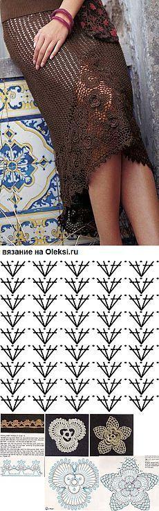 Crochet skirt with inlay design