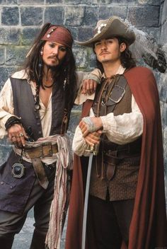 Captain Jack Sparrow / Johnny Depp & Will Turner / Orlando Bloom - Pirates of the Caribbean - the Curse of the Black Pearl Will Turner, Jack Turner, Captain Jack Sparrow, Sparrow Pictures, Orlando Bloom Legolas, Matthew Fox, Pirate Life, Chef D Oeuvre, Hommes Sexy