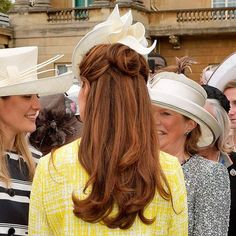 Pretty Bridal Hairstyles for Every Bride Kate Middleton's Half up and Half down Hairstyle
