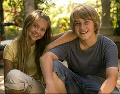 Young Taylor Momsen and Jason Dolley