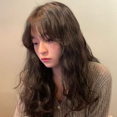 Permed Hairstyles, Hairstyles With Bangs, Pretty Hairstyles, Hair Inspo, Hair Inspiration, Ulzzang Hair, Korean Short Hair, Strawberry Blonde Hair, Aesthetic Hair