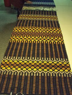 kauniita mattoja Designer Bed Sheets, Rug Inspiration, Recycled Fabric, Scandinavian Style, Cool Rugs, Home Textile, Woven Rug, Handmade Rugs, Pattern Design