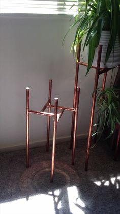 Today we are actually going to get to some really creative DIY PVC pipe projects. Today we are actually going to get to some really creative DIY PVC pipe projects knowing that apart from plumbing what else can you do with these PVC pipes? Plant Stand, Diy Furniture, Copper Diy, Woodworking Projects Diy, Diy Plants, Home Decor, Diy Plant Stand, Diy Woodworking, Diy Decor
